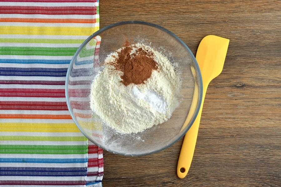Pumpkin Cream Cheese Swirl Muffins recipe - step 2