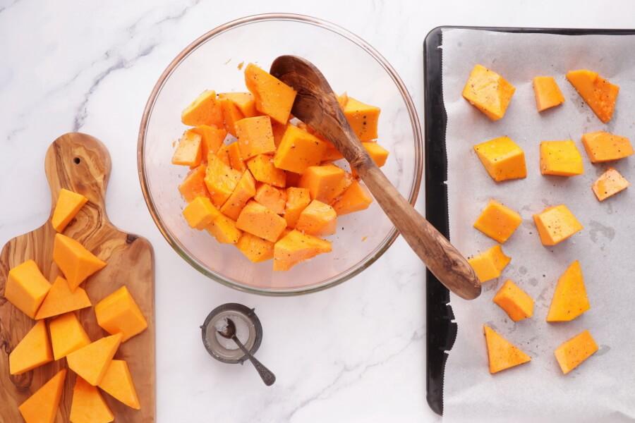 Vegan Roasted Pumpkin Salad recipe - step 2