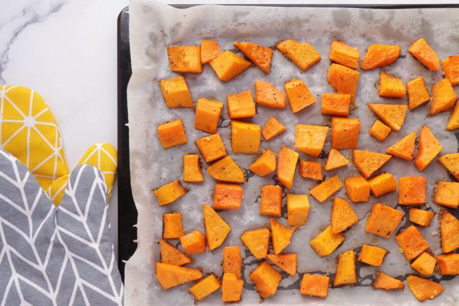 Vegan Roasted Pumpkin Salad recipe - step 3