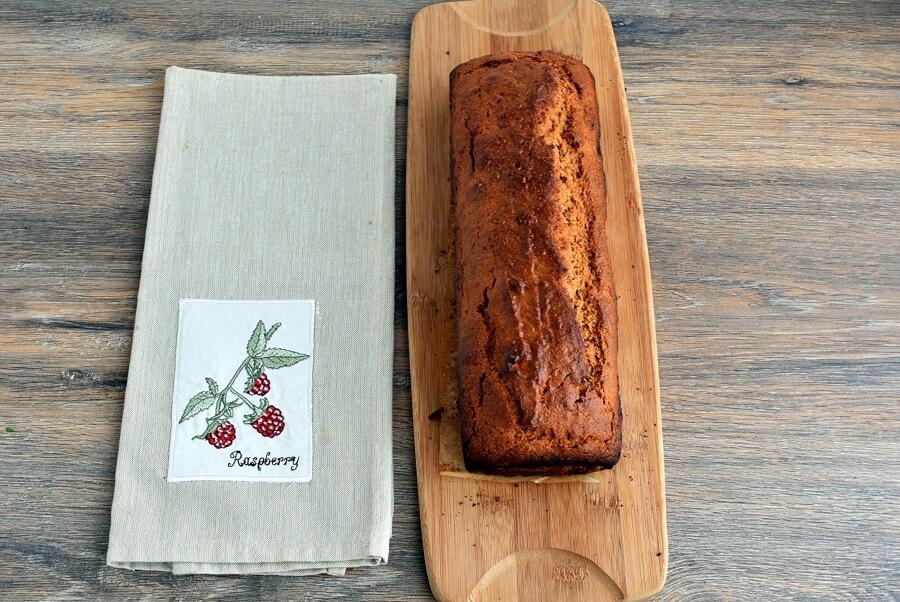 Super Moist Gingerbread Cake recipe - step 8