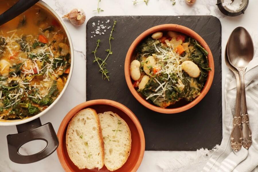 How to serve Tuscan Ribollita Soup