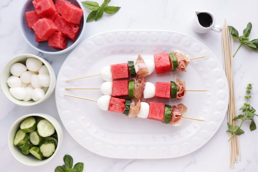 Watermelon, Mozzarella and Prosciutto Skewers recipe - step 1