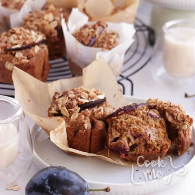 Whole Grain Vegan Plum Muffins Recipe-Perfect Plum Muffins-How to Make Whole Grain Vegan Plum Muffins