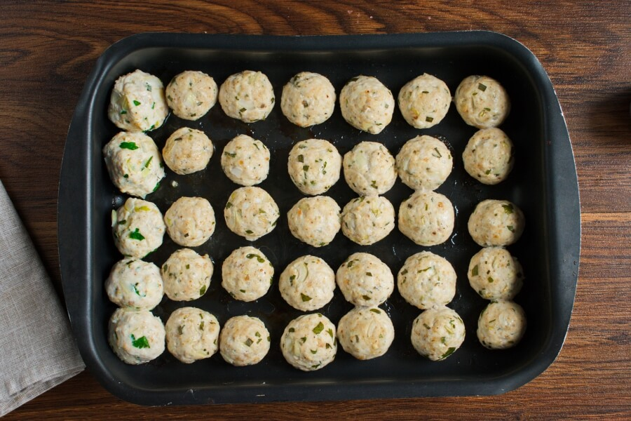 Chicken and Apple Meatballs recipe - step 4