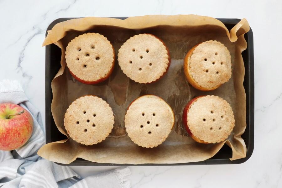 Apple Pie (in the apple) recipe - step 10