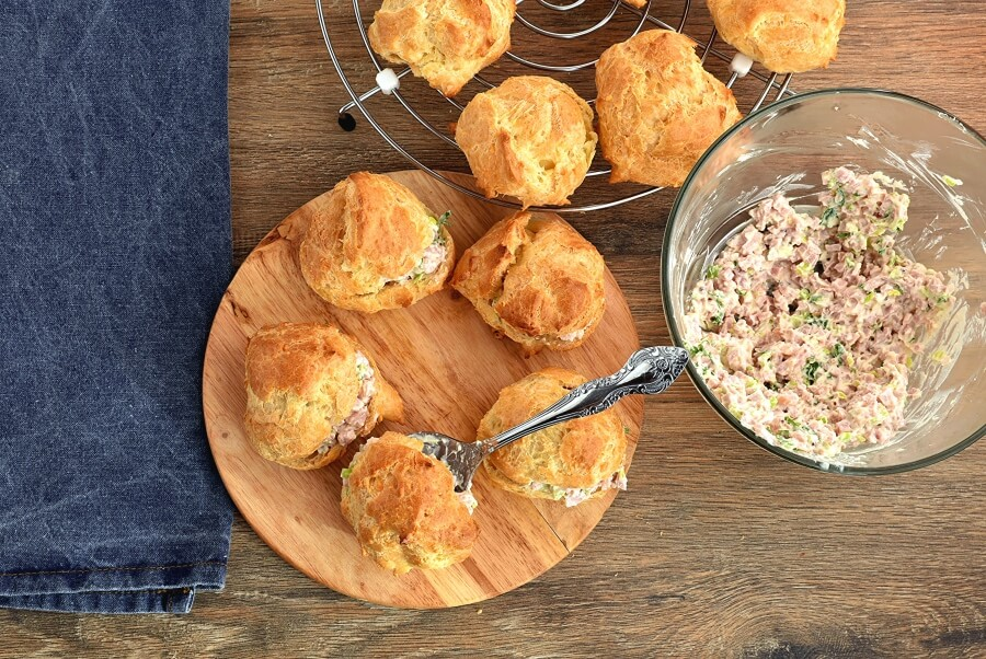 Cheese Puffs with Ham Salad recipe - step 12
