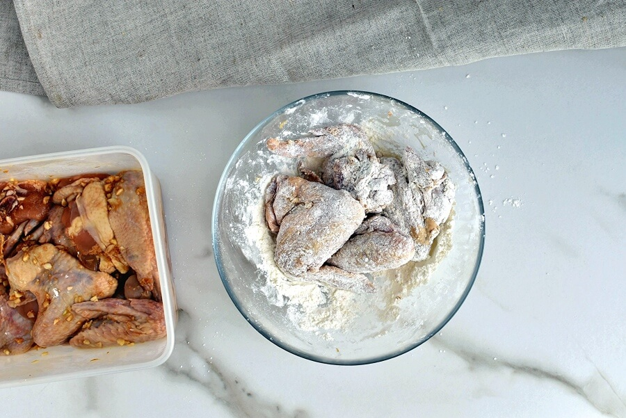 Chinese Fried Chicken Wings recipe - step 3