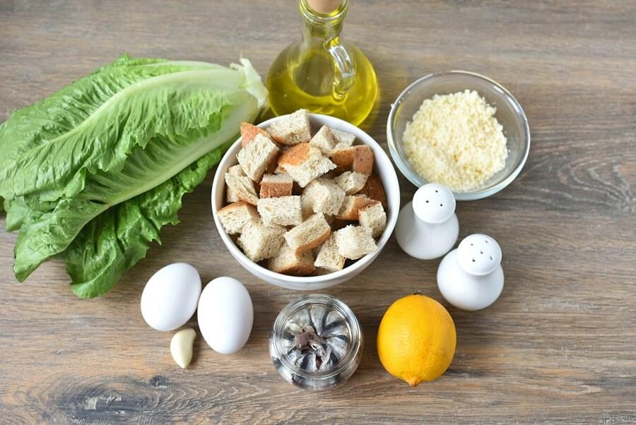 Ingridiens for Classic Caesar Salad