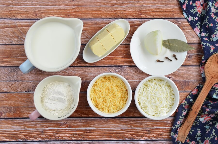 Ingridiens for Classic Mornay Sauce