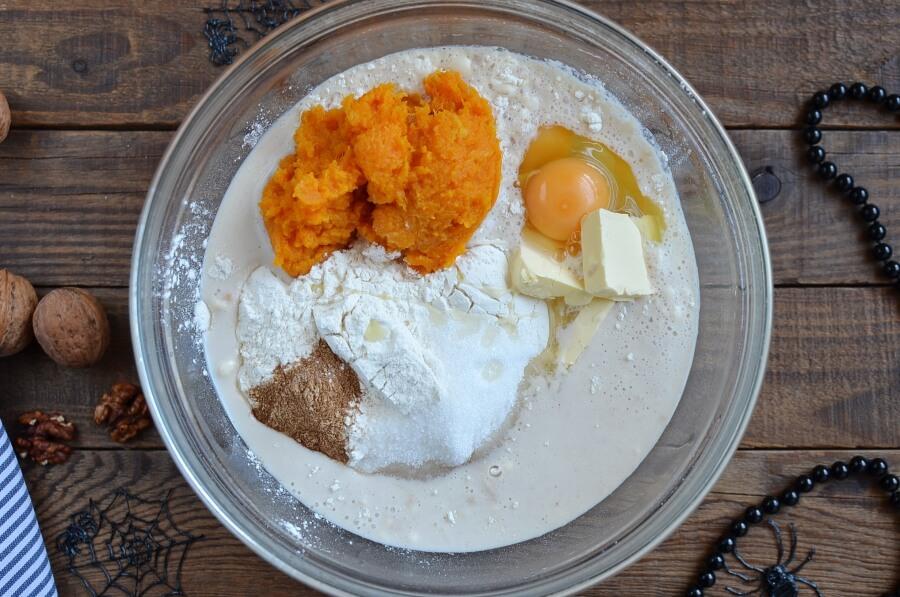 Cream Cheese Stuffed Pumpkin Dinner Rolls recipe - step 2