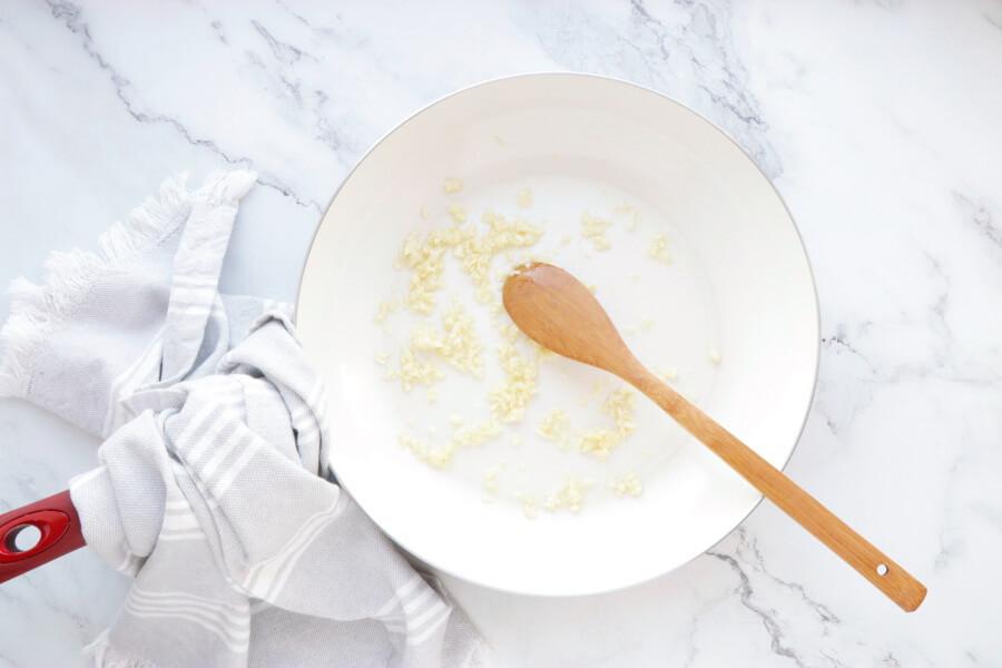 Creamy Vegan Gnocchi with Garlic & Kale recipe - step 2