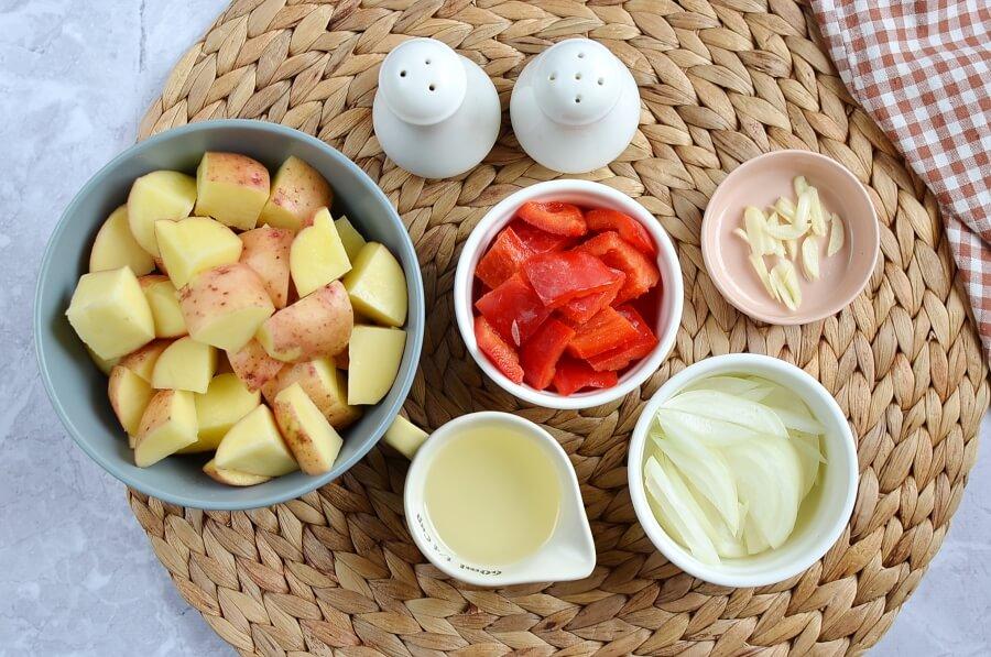 Ingridiens for Easy Skillet Fried Potatoes