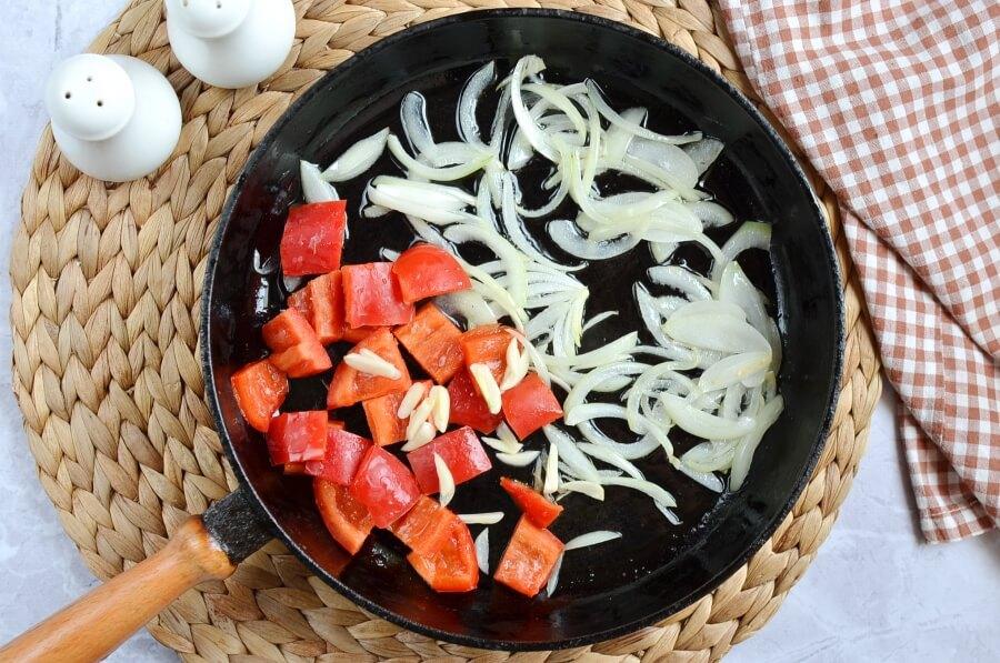 Easy Skillet Fried Potatoes recipe - step 2