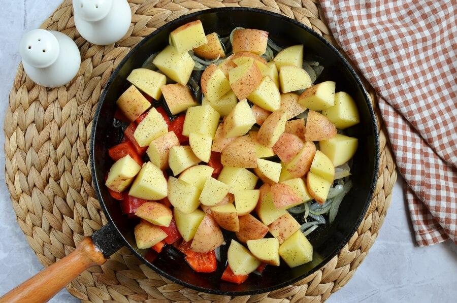 Easy Skillet Fried Potatoes recipe - step 3
