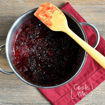 Gingery Cranberry Sauce recipe - step 2