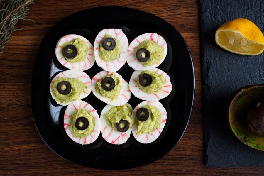 Monster Eyes Deviled Eggs recipe - step 4