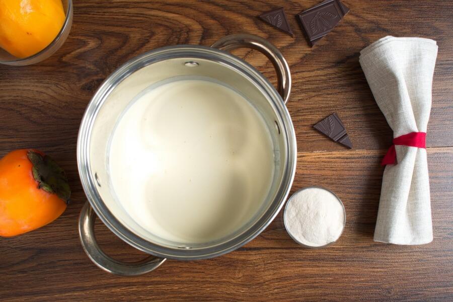 Persimmon Panna Cotta recipe - step 1