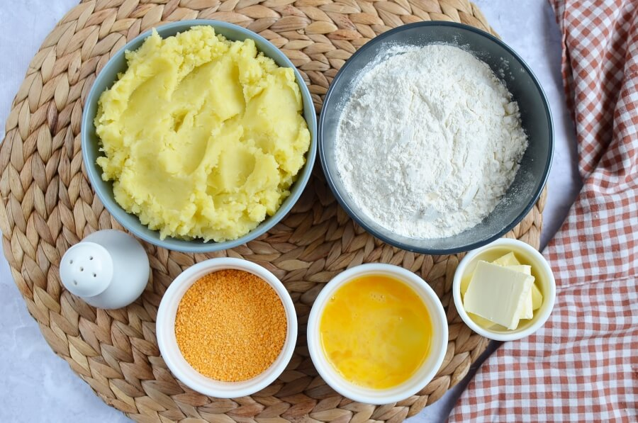 Ingridiens for Polish Mashed Potato Dumplings (Kopytka)