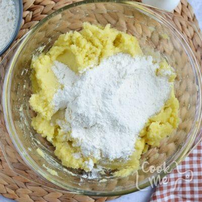 Polish Mashed Potato Dumplings (Kopytka) recipe - step 1