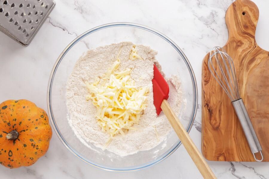Pumpkin Pecan Scones with Brown Sugar Streusel recipe - step 3
