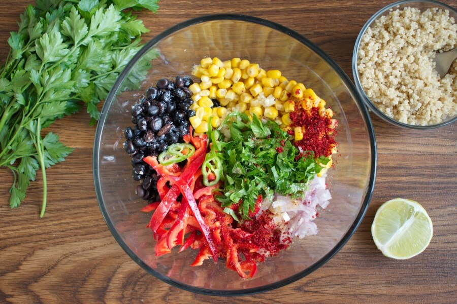 Southwest Quinoa Salad recipe - step 2