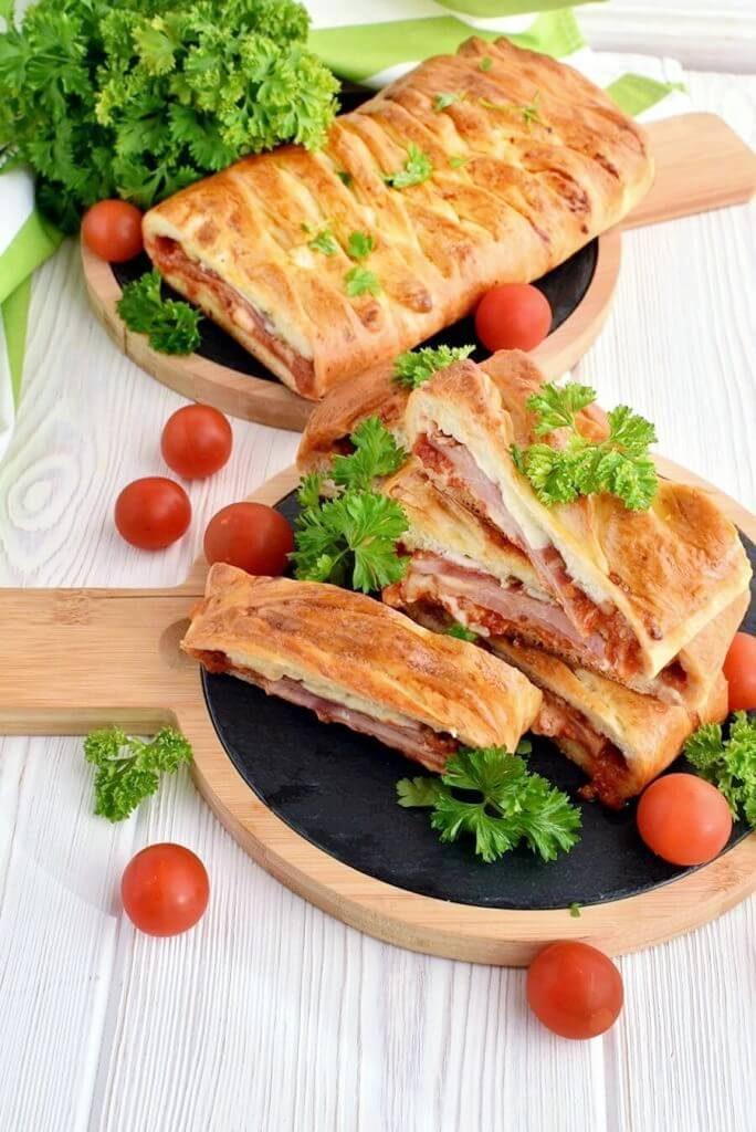 Stromboli-Recipe-How-To-Make-Stromboli-Delicious-Stromboli