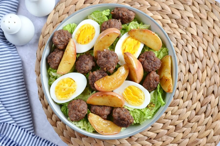 How to serve Thanksgiving Brunch Salad