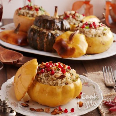 Vegan Quinoa Stuffed Squash with Walnuts and Pomegranate Recipe-Quinoa Stuffed Squash with Walnuts and Pomegranate-Vegan Stuffed Roasted Squash