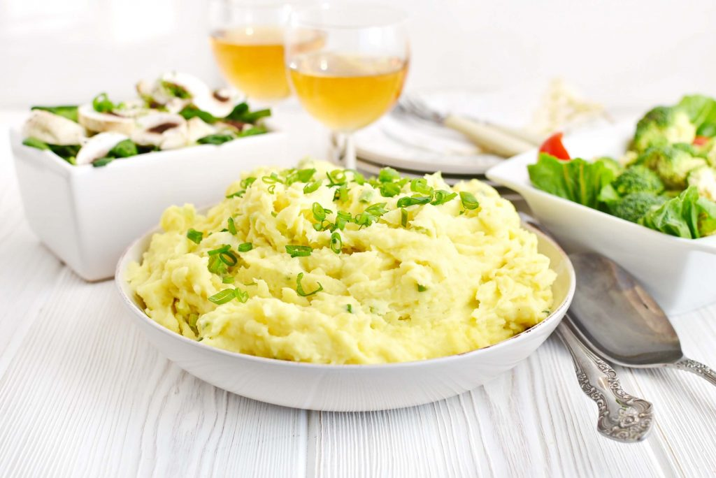ur Cream and Chive Mashed Potatoes Recipe-How To Make Sour Cream and Chive Mashed Potatoes-Delicious Sour Cream and Chive Mashed Potatoes