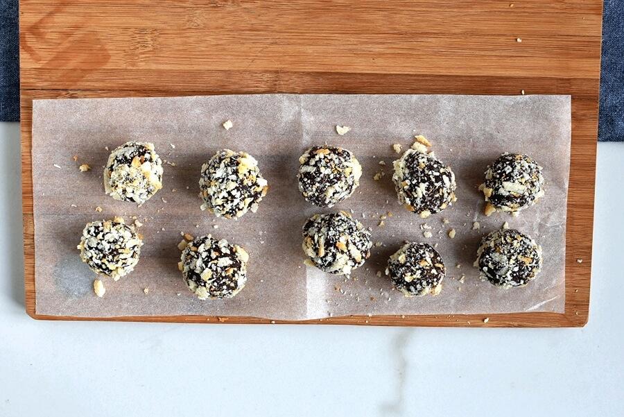 Almond-Rum Chocolate Truffles recipe - step 6