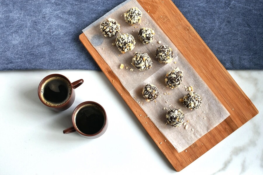 How to serve Almond-Rum Chocolate Truffles
