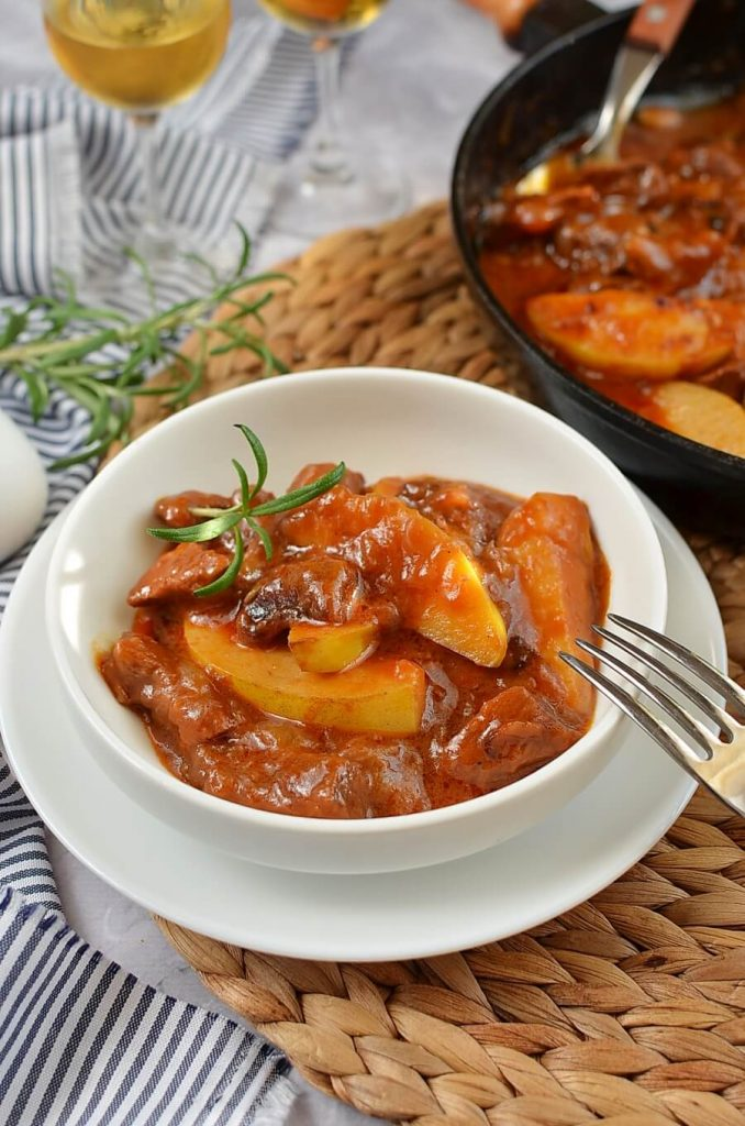 BEEF & QUINCE STEW Recipe-How To Make BEEF & QUINCE STEW-Delicious BEEF & QUINCE STEW