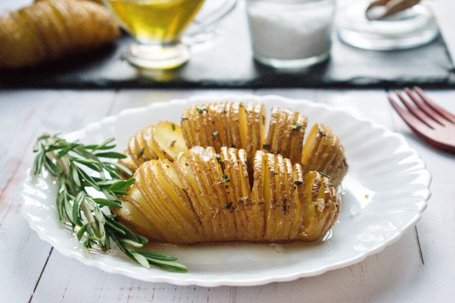 How to serve Baked Hasselback Potatoes