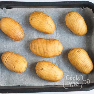 Baked Hasselback Potatoes recipe - step 2
