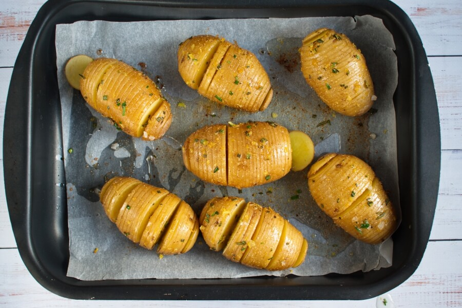 Baked Hasselback Potatoes recipe - step 5