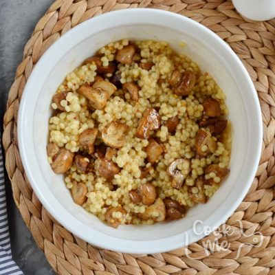 Balsamic Couscous and Mushroom Salad recipe - step 6