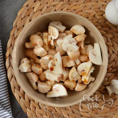 Balsamic Couscous and Mushroom Salad recipe - step 3