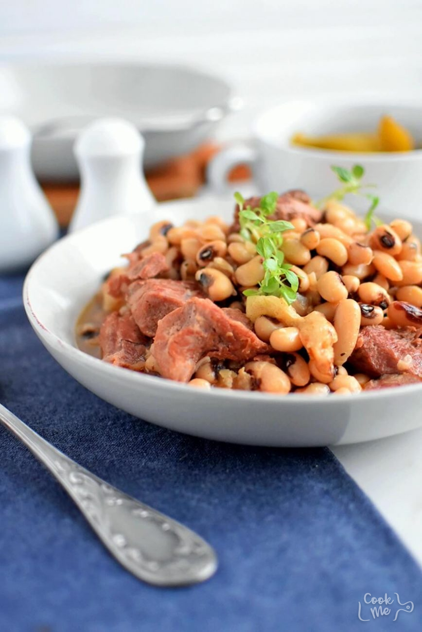 Black Eyed Peas with Bacon and Pork