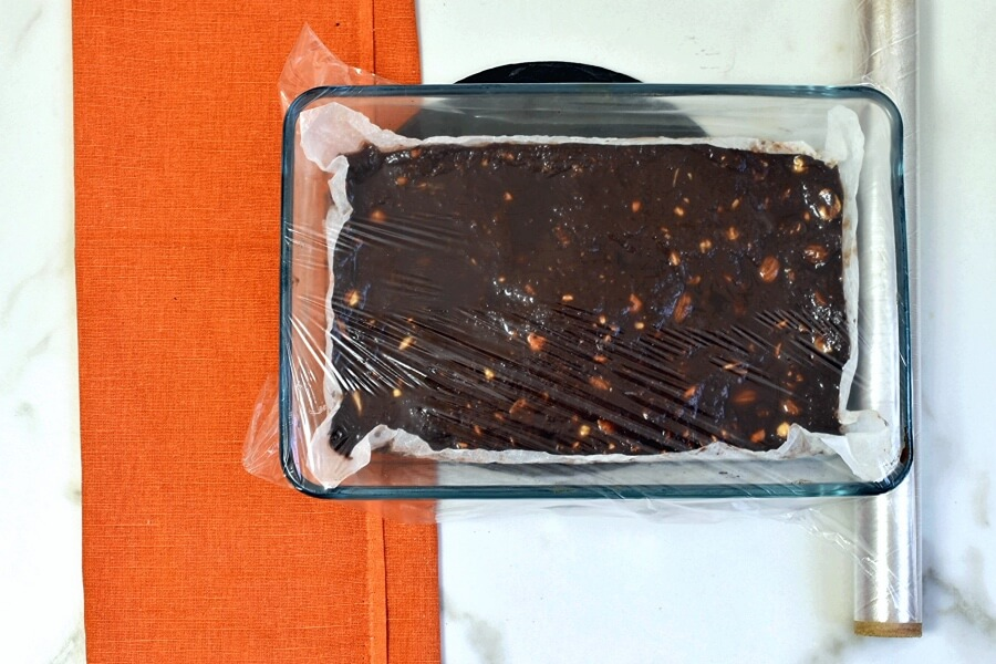 Chocolate Turron for Christmas recipe - step 5