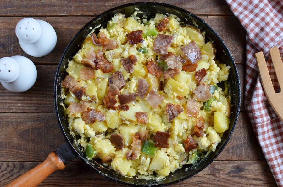 How to serve Country Breakfast Skillet