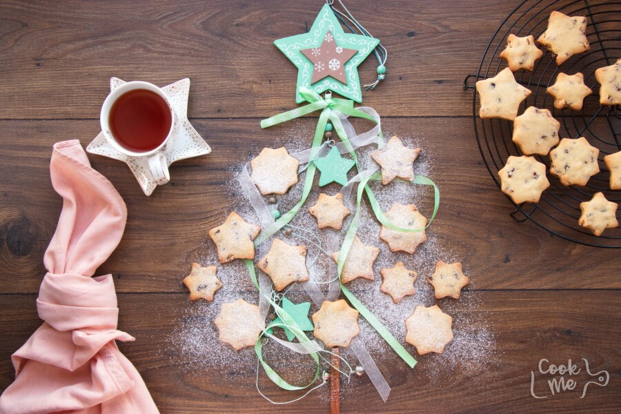 How to serve Cranberry Shortbread Stars