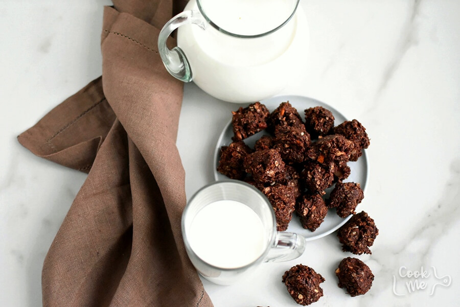 How to serve Easy Chocolate Haystacks