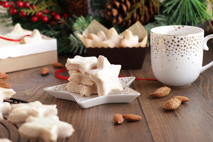 German Cinnamon Star Christmas Cookie Recipe-Authentic Zimtsterne-German Cinnamon Star Cookie