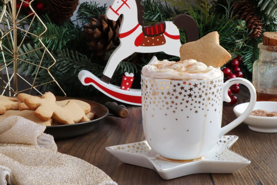 How to serve Gingerbread Hot Chocolate