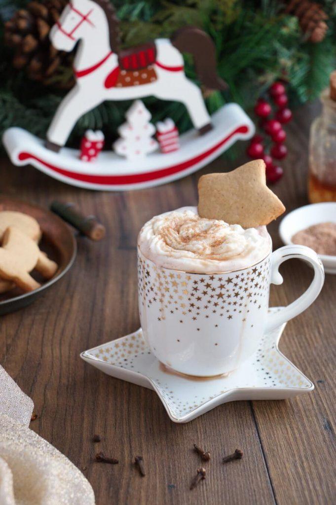 Gingerbread Hot Chocolate Recipe-Gingerbread Hot Cocoa Recipe-Homemade Gingerbread Hot Chocolate