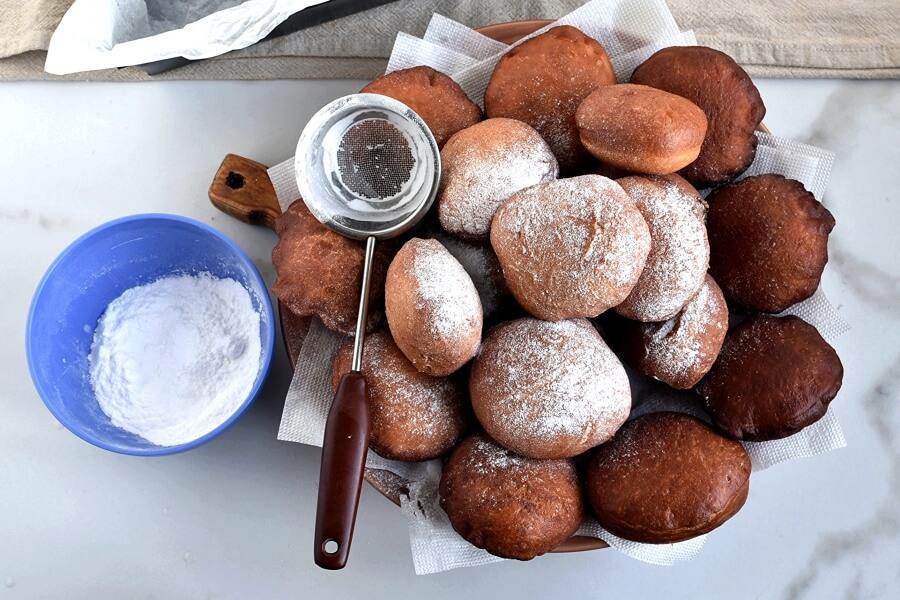 How to serve Hanukkah Jelly Donuts (Sufganiyot)
