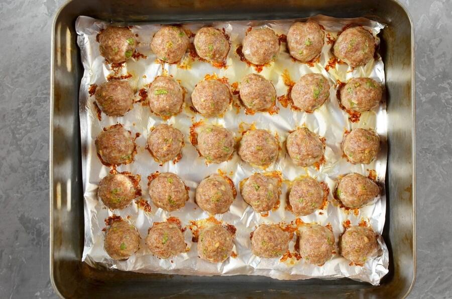 Honey Garlic Pork Meatballs recipe - step 4