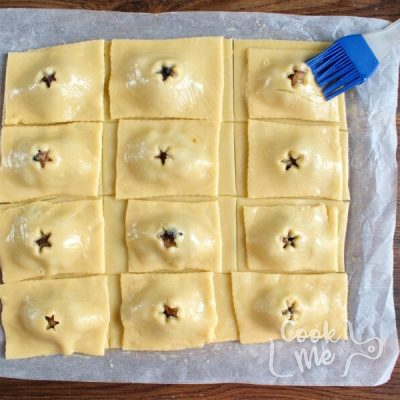 Mincemeat Pop Tarts recipe - step 5