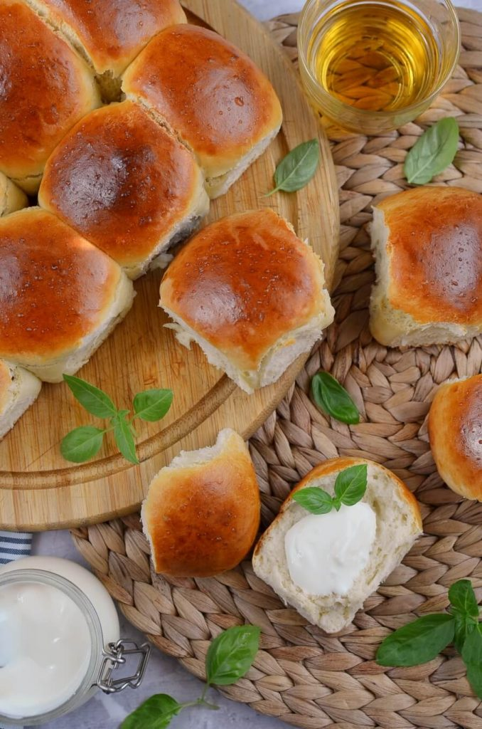 Mini Rolls for a Crowd