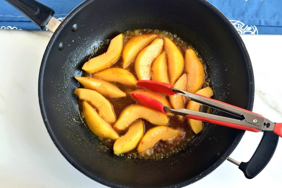 Moroccan Tagine With Quinces and Honey recipe - step 6